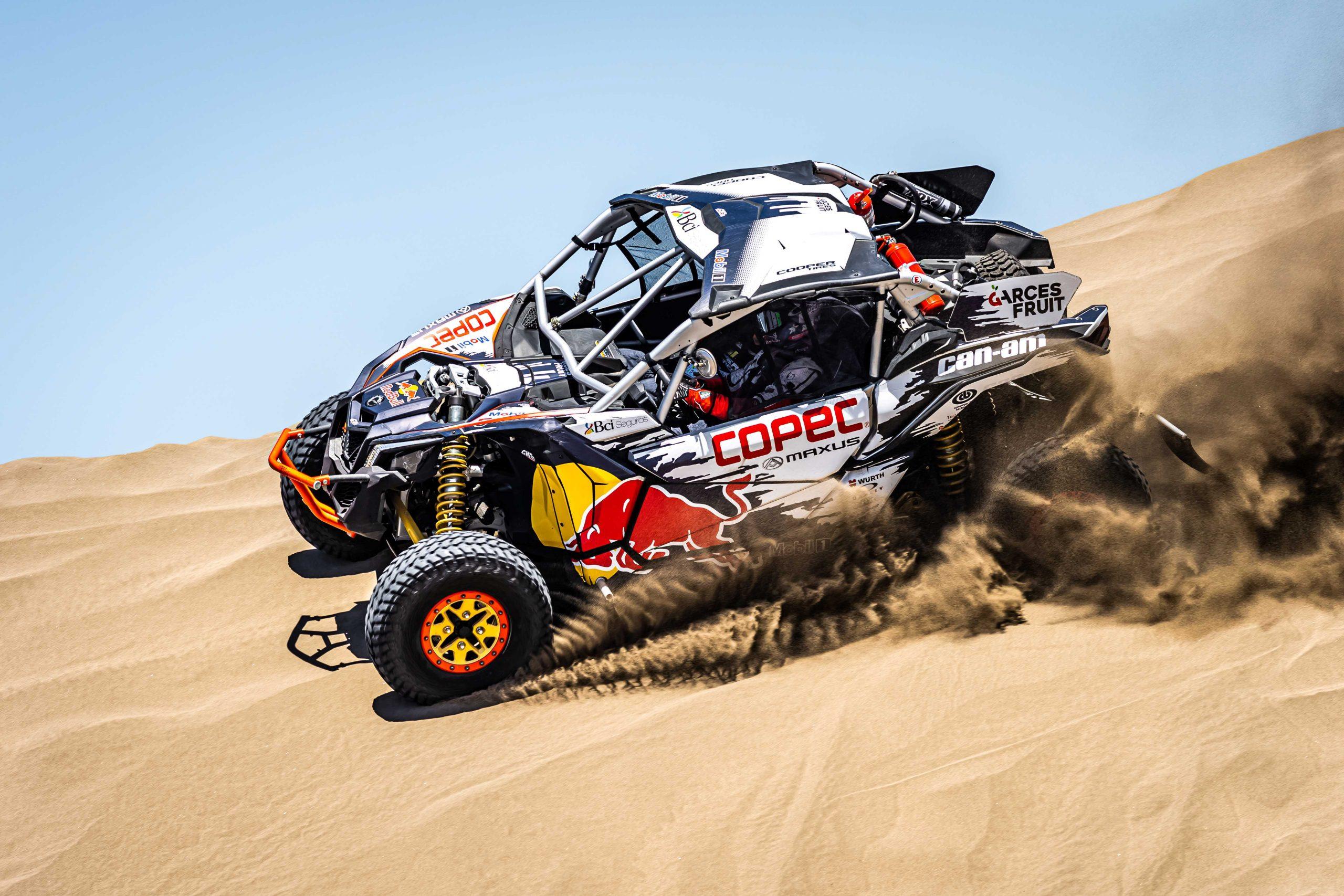 """Chaleco"""" López fue presentado como candidato al título en el lanzamiento del Dakar – Pasión Por Los Deportes"""